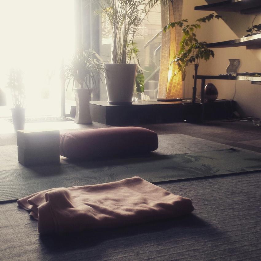 YOGA STUDIO shuklaの画像